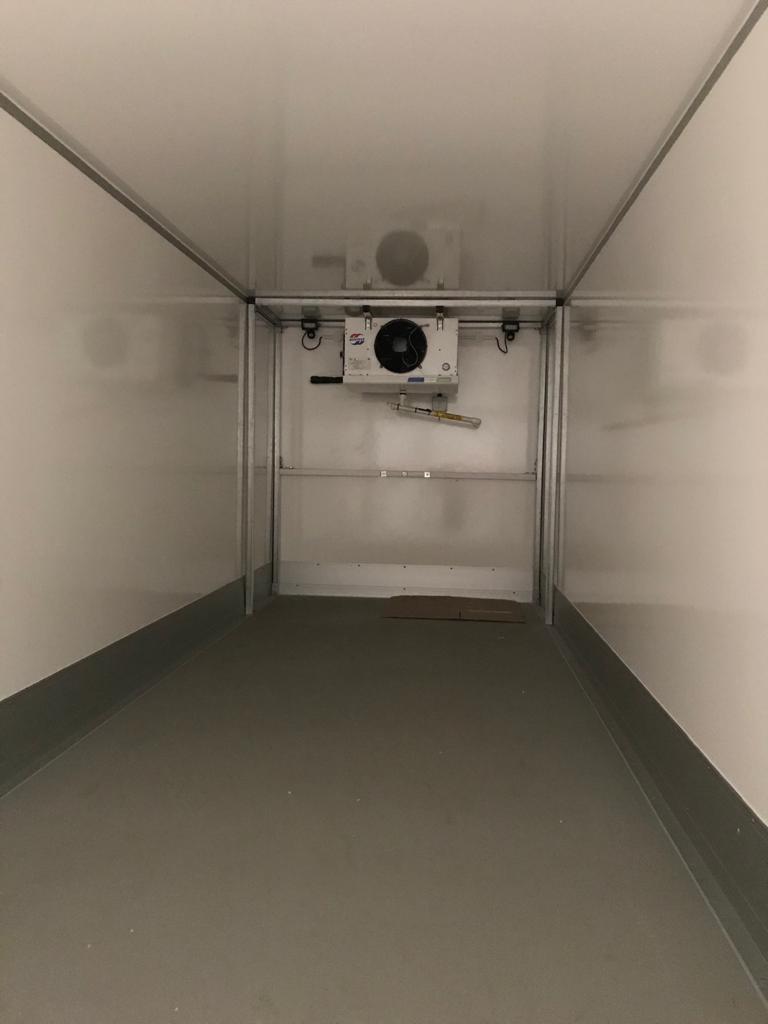 Large Trailer (inside)